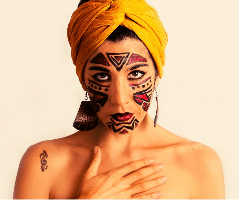 """Cintia Arévalo homenajea a músicos latinoamericanos en """"Navegante"""", su nuevo EP"""
